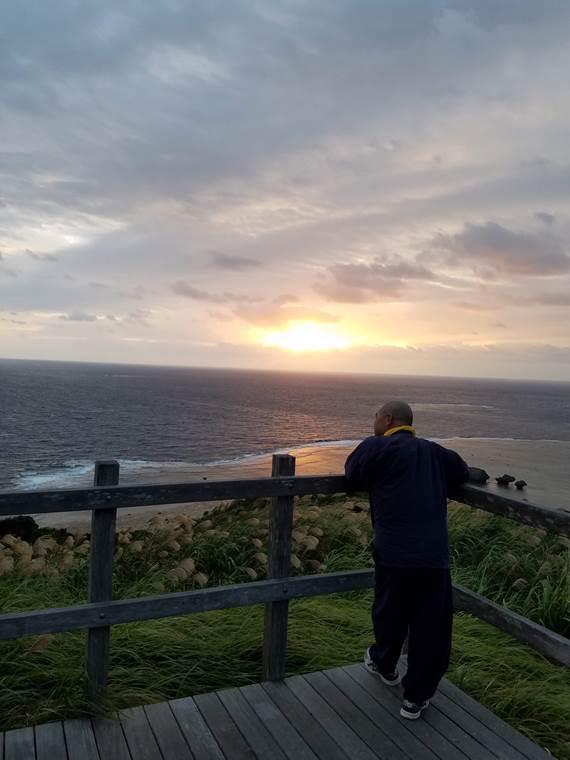 大神島の夕日